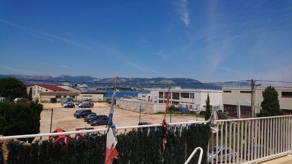 Appartement à vendre 4 75m2 à Saint-Mandrier-sur-Mer vignette-1