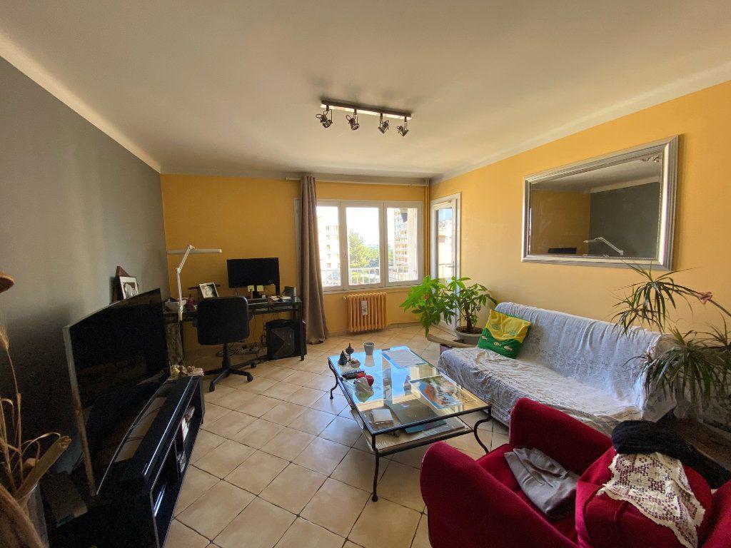 Appartement à vendre 3 56m2 à La Valette-du-Var vignette-4