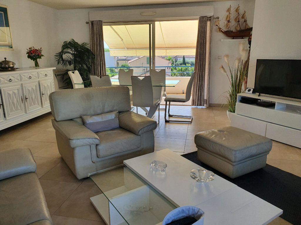 Appartement à vendre 4 120m2 à La Seyne-sur-Mer vignette-5