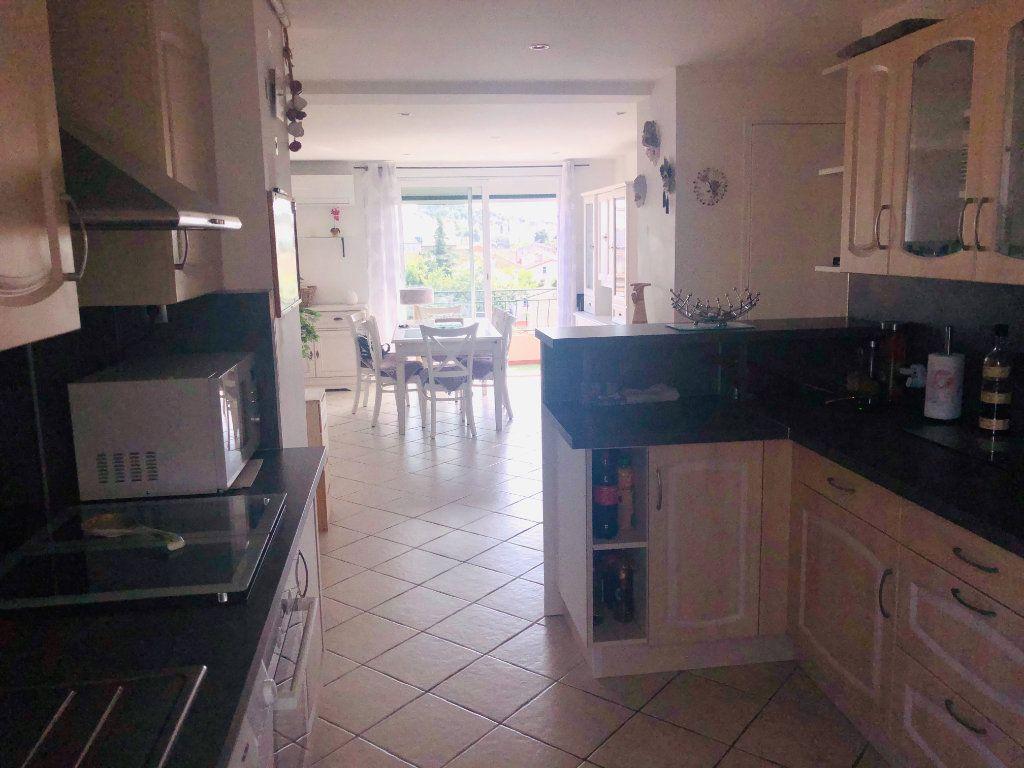 Appartement à vendre 4 64m2 à La Seyne-sur-Mer vignette-2