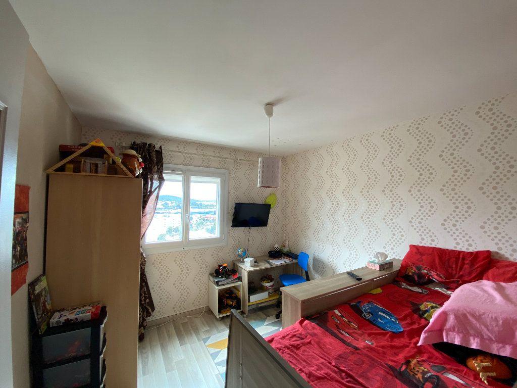 Appartement à vendre 4 83m2 à La Seyne-sur-Mer vignette-6