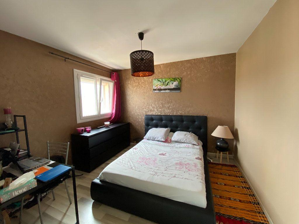 Appartement à vendre 4 83m2 à La Seyne-sur-Mer vignette-7