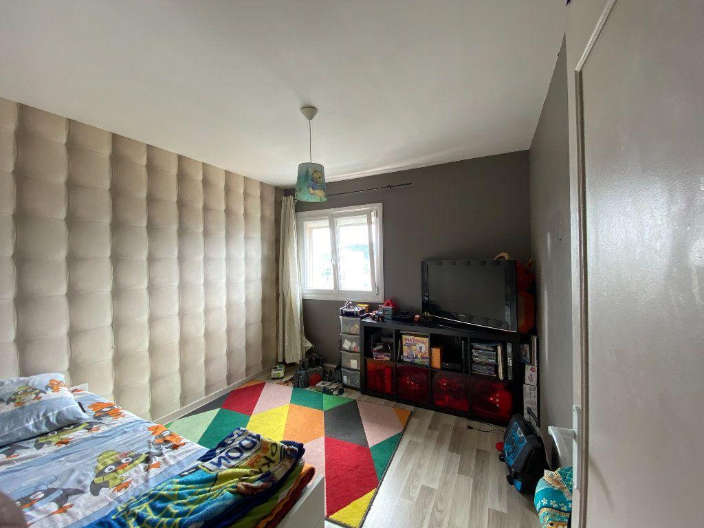 Appartement à vendre 4 83m2 à La Seyne-sur-Mer vignette-8