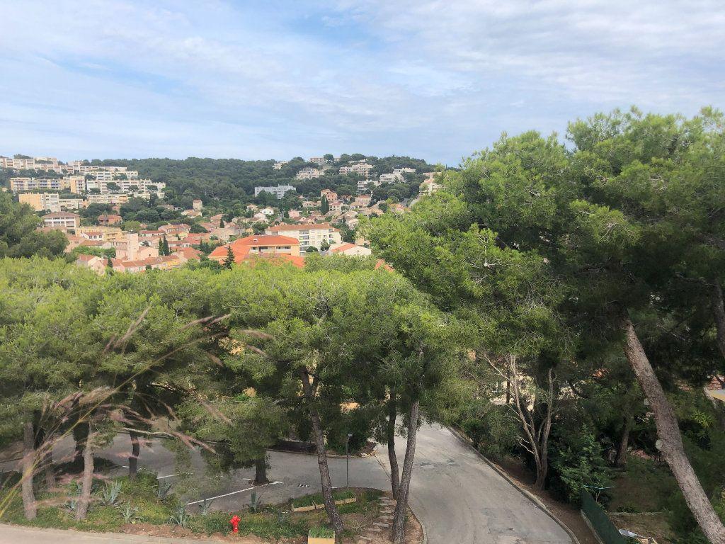 Appartement à vendre 2 62m2 à Saint-Mandrier-sur-Mer vignette-1