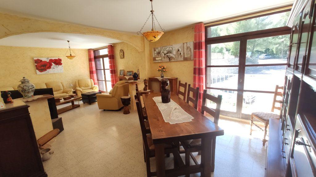 Appartement à vendre 5 97m2 à La Seyne-sur-Mer vignette-2