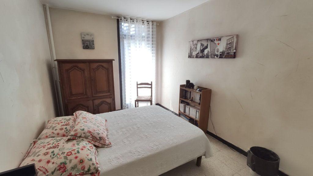 Appartement à vendre 5 97m2 à La Seyne-sur-Mer vignette-4