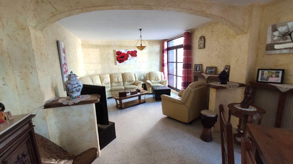 Appartement à vendre 5 97m2 à La Seyne-sur-Mer vignette-7
