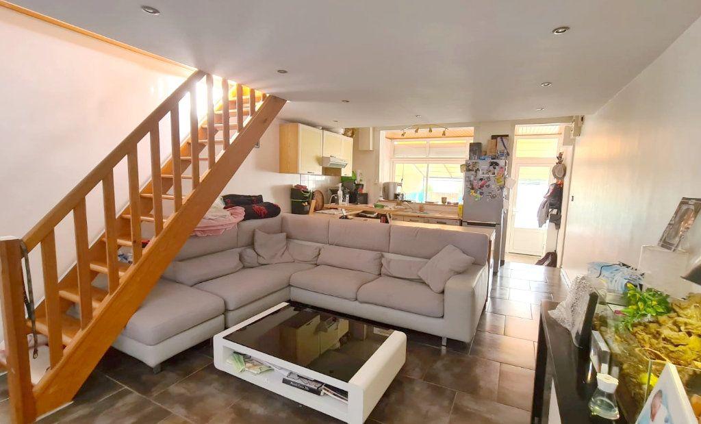 Appartement à vendre 3 50m2 à Saint-Mandrier-sur-Mer vignette-2