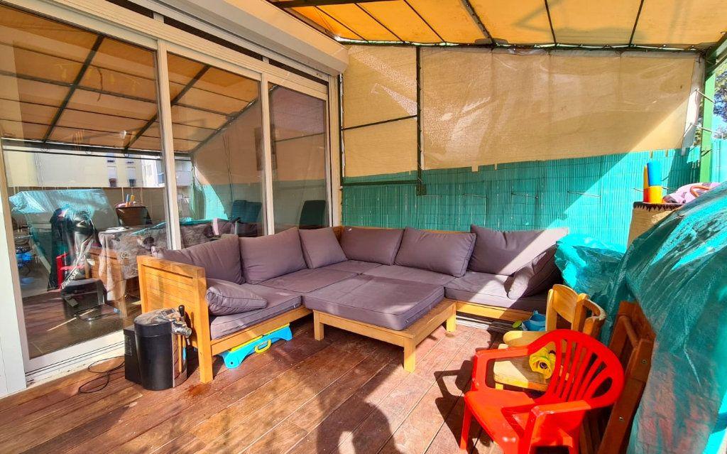 Appartement à vendre 3 50m2 à Saint-Mandrier-sur-Mer vignette-7