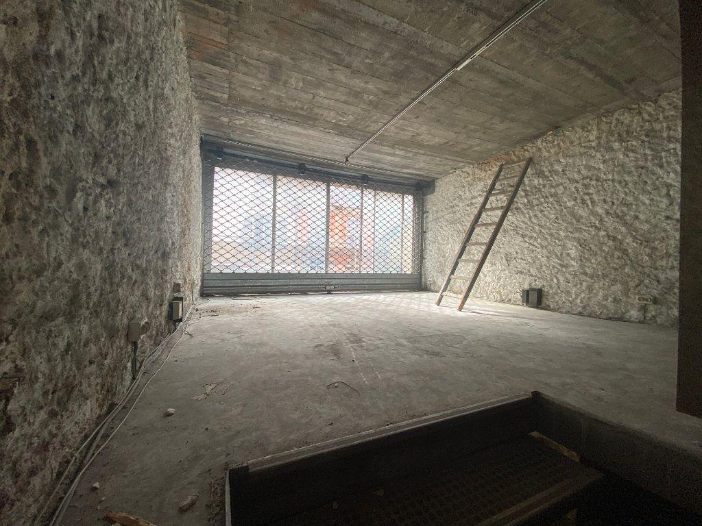Immeuble à vendre 0 260m2 à Toulon vignette-5