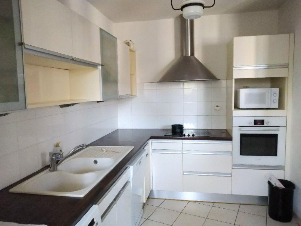 Appartement à vendre 3 95m2 à Sanary-sur-Mer vignette-4