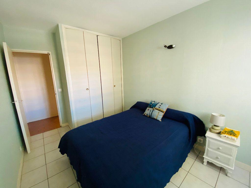 Appartement à vendre 4 90m2 à La Seyne-sur-Mer vignette-4