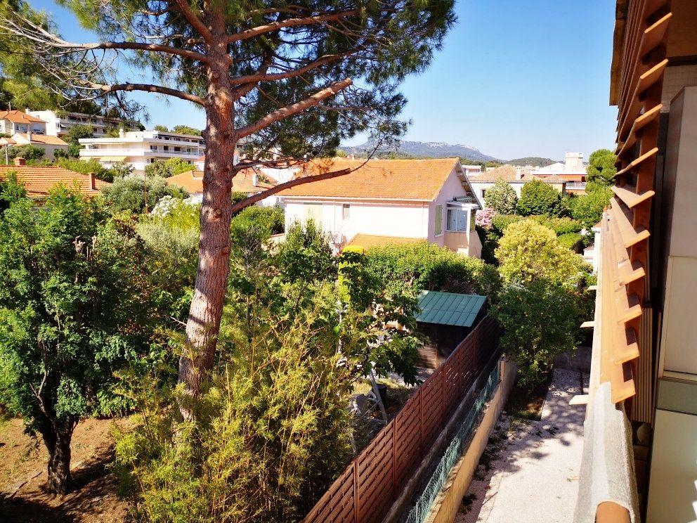 Appartement à vendre 4 77m2 à Sanary-sur-Mer vignette-1