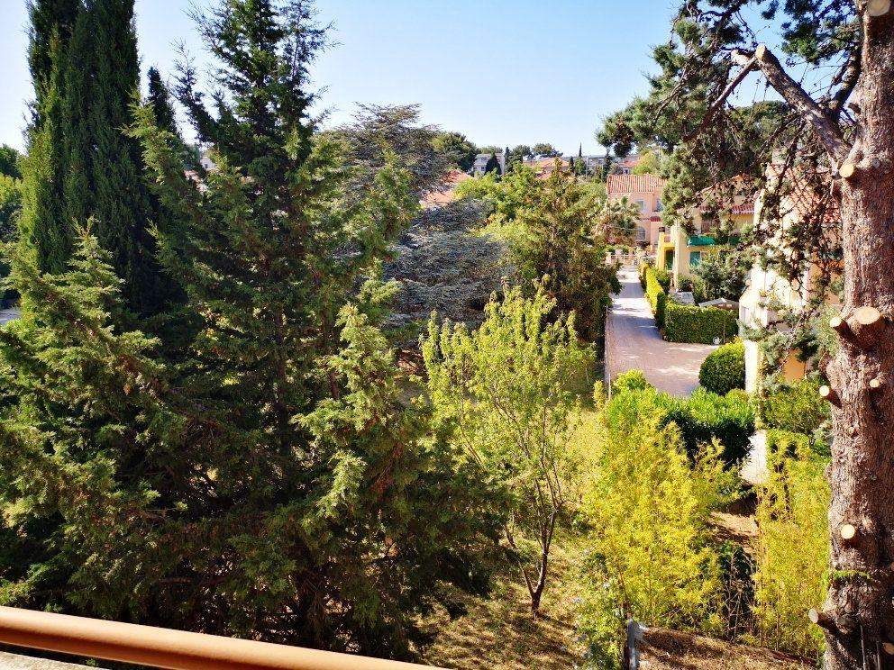 Appartement à vendre 4 77m2 à Sanary-sur-Mer vignette-5