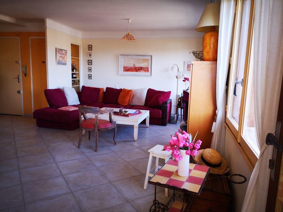 Appartement à vendre 4 77m2 à Sanary-sur-Mer vignette-7