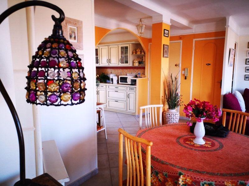 Appartement à vendre 4 77m2 à Sanary-sur-Mer vignette-12
