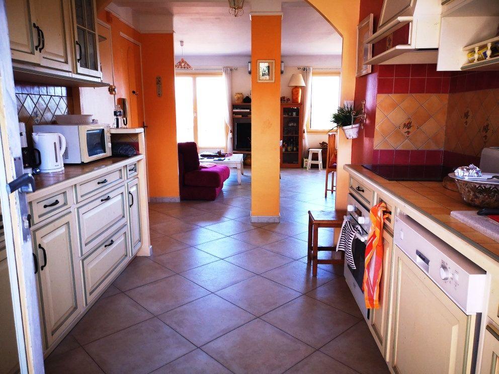 Appartement à vendre 4 77m2 à Sanary-sur-Mer vignette-14