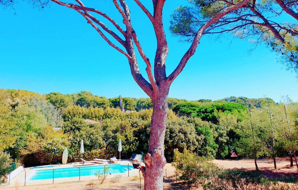 Maison à vendre 6 133m2 à La Seyne-sur-Mer vignette-2