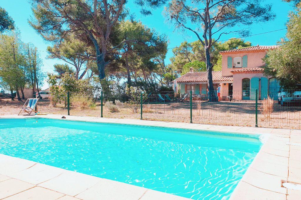 Maison à vendre 6 133m2 à La Seyne-sur-Mer vignette-3