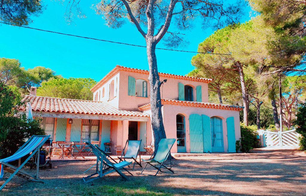 Maison à vendre 6 133m2 à La Seyne-sur-Mer vignette-4