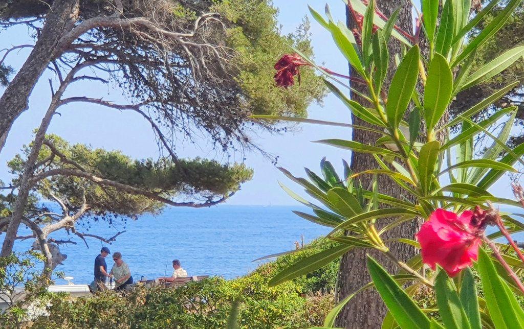 Maison à vendre 6 133m2 à La Seyne-sur-Mer vignette-5
