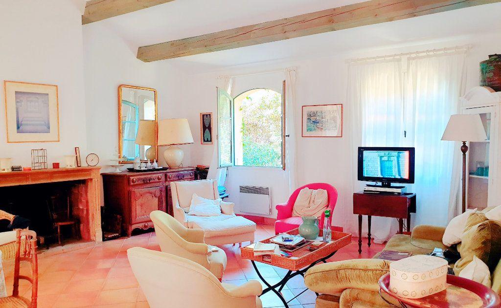 Maison à vendre 6 133m2 à La Seyne-sur-Mer vignette-6
