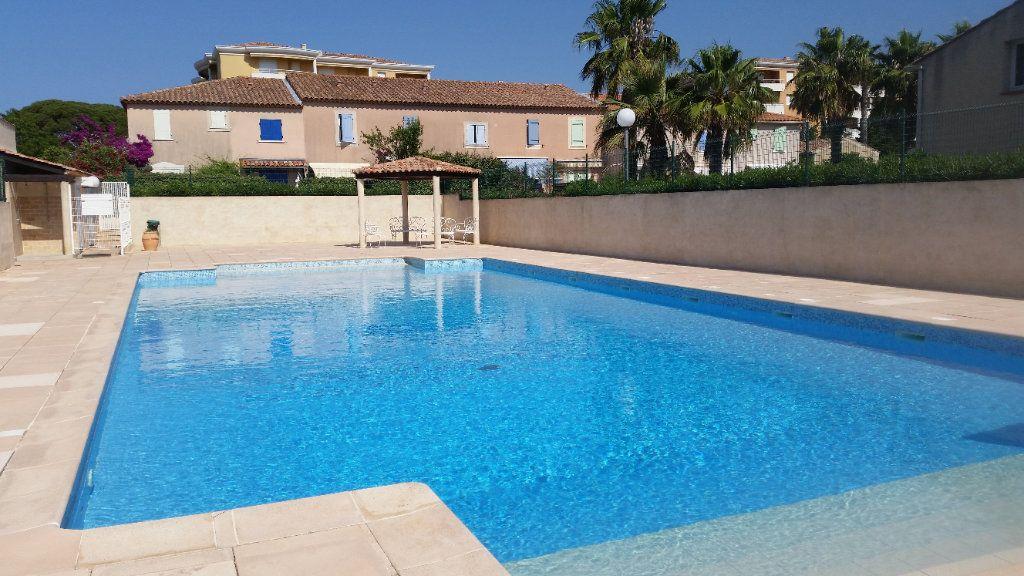 Maison à vendre 3 33m2 à La Seyne-sur-Mer vignette-2