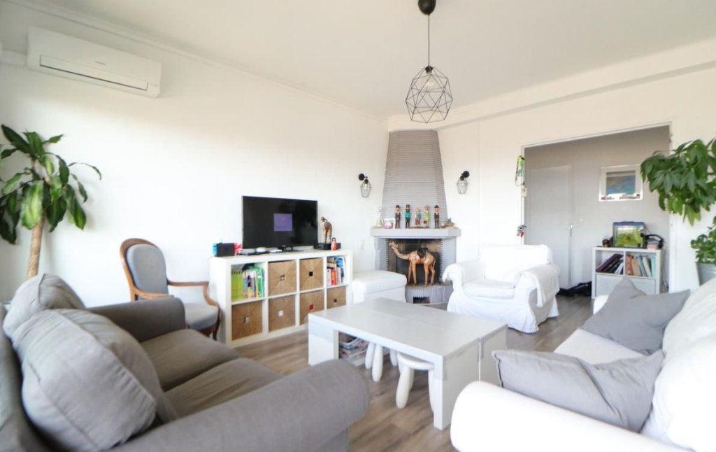 Appartement à vendre 5 87m2 à Toulon vignette-2