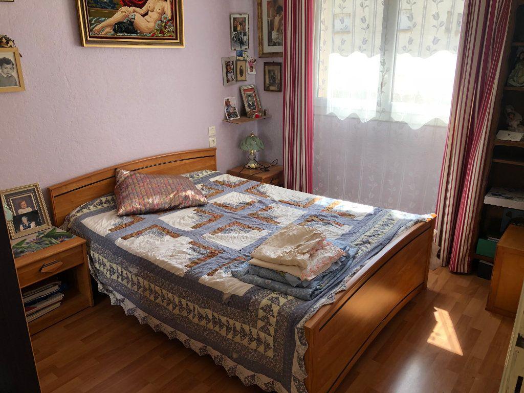 Appartement à vendre 2 40m2 à Toulon vignette-3