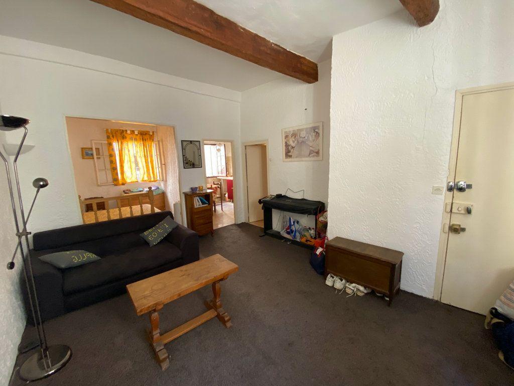 Appartement à vendre 2 33m2 à La Seyne-sur-Mer vignette-1