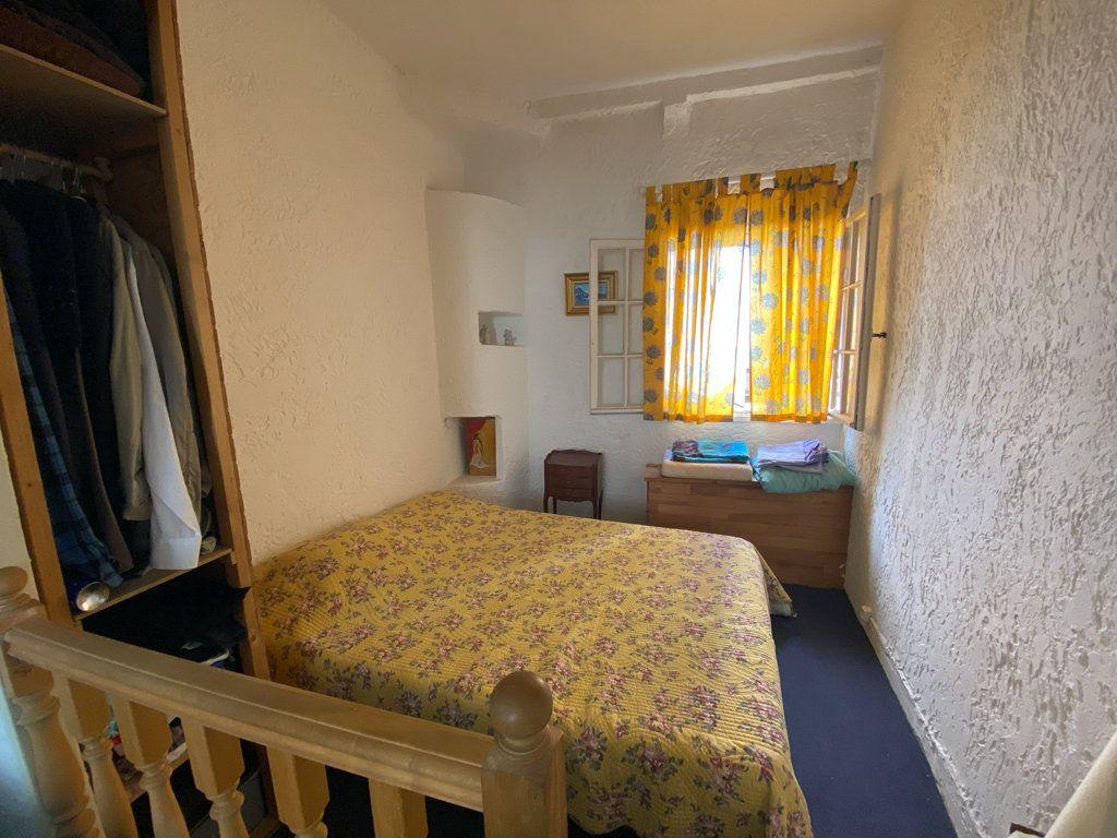 Appartement à vendre 2 33m2 à La Seyne-sur-Mer vignette-4