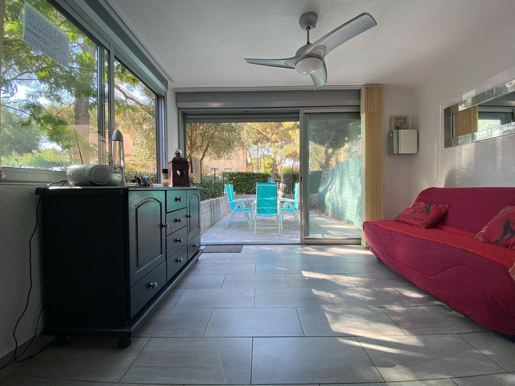 Appartement à vendre 2 32m2 à Saint-Mandrier-sur-Mer vignette-3