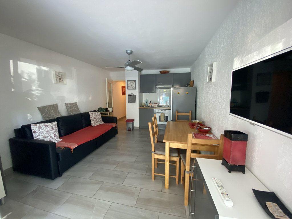 Appartement à vendre 2 32m2 à Saint-Mandrier-sur-Mer vignette-6