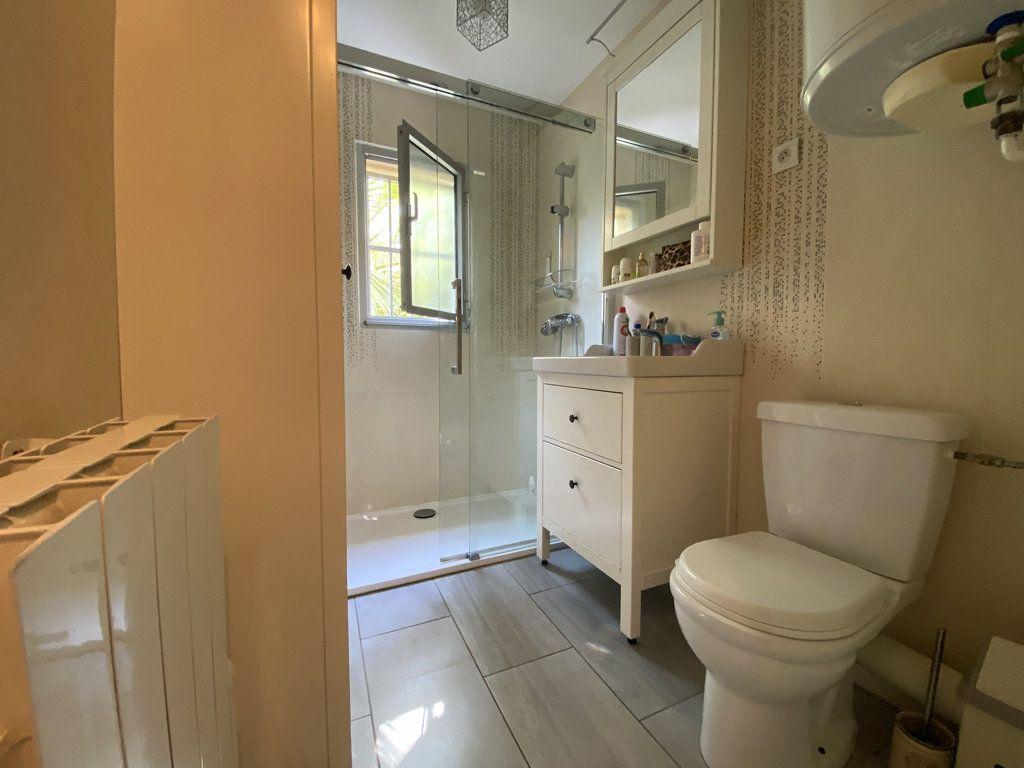 Appartement à vendre 2 32m2 à Saint-Mandrier-sur-Mer vignette-8