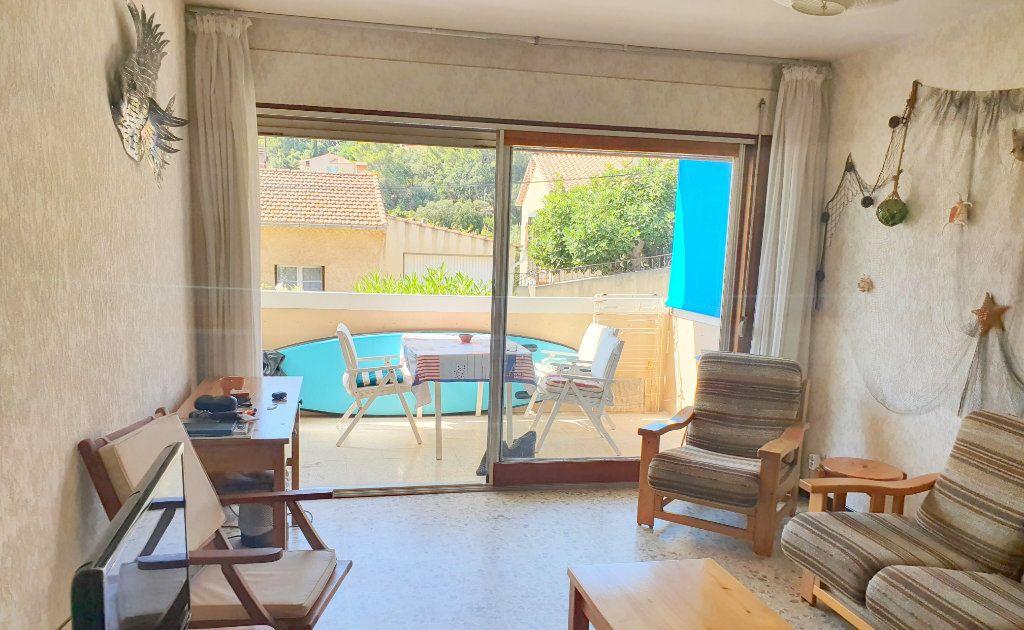 Appartement à vendre 2 44m2 à La Seyne-sur-Mer vignette-1
