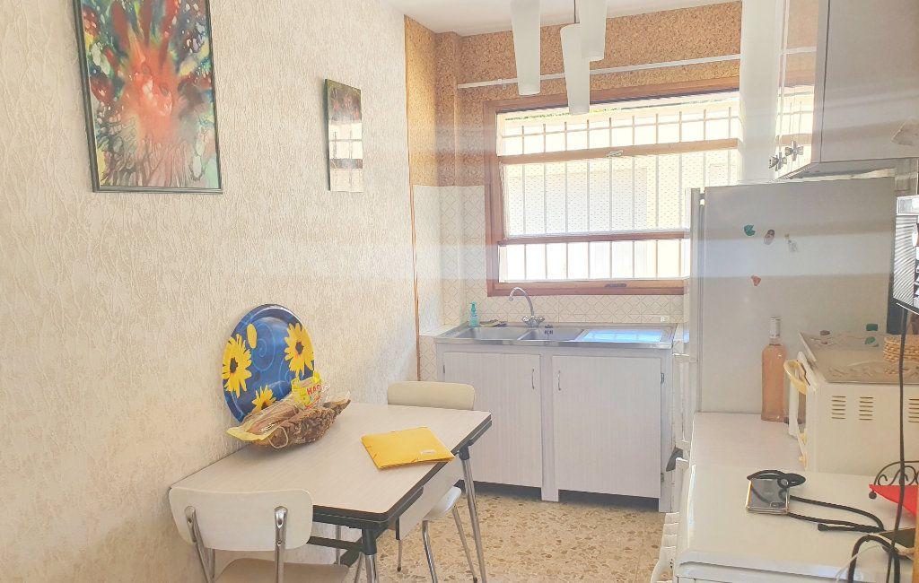 Appartement à vendre 2 44m2 à La Seyne-sur-Mer vignette-2