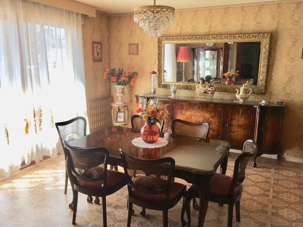 Maison à vendre 11 211.6m2 à Le Pradet vignette-3