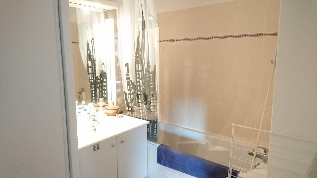 Appartement à vendre 1 26.36m2 à La Seyne-sur-Mer vignette-4