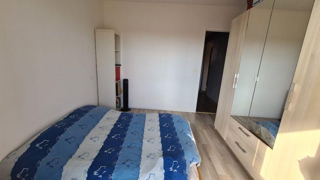 Appartement à vendre 4 71m2 à La Seyne-sur-Mer vignette-3