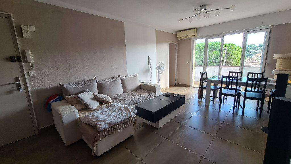 Appartement à vendre 4 71m2 à La Seyne-sur-Mer vignette-6