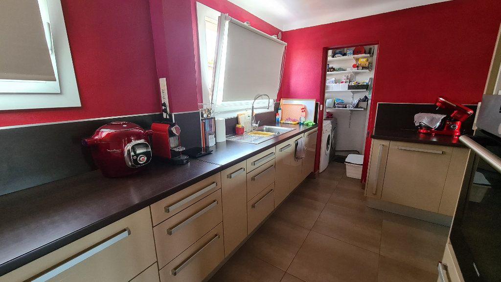 Appartement à vendre 4 71m2 à La Seyne-sur-Mer vignette-7