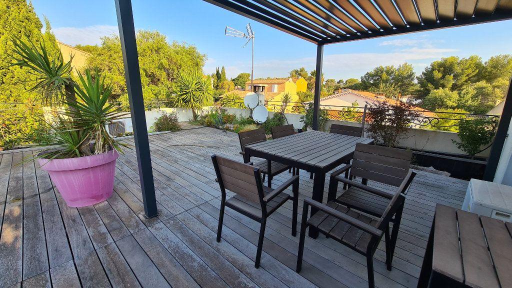 Appartement à vendre 3 72m2 à La Seyne-sur-Mer vignette-1