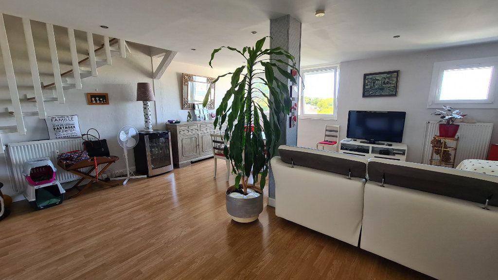 Appartement à vendre 4 90m2 à La Seyne-sur-Mer vignette-1