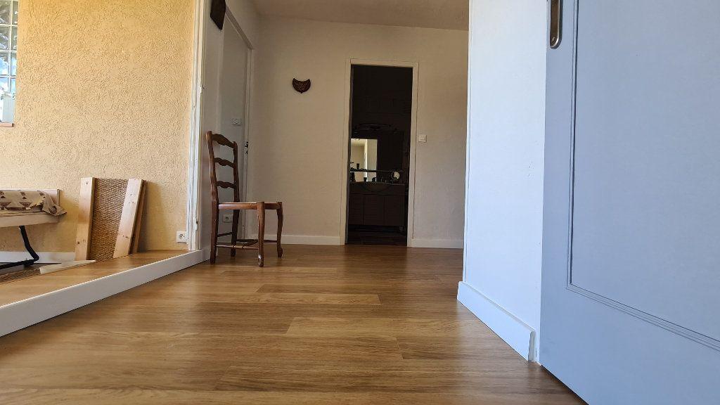 Appartement à vendre 4 90m2 à La Seyne-sur-Mer vignette-6