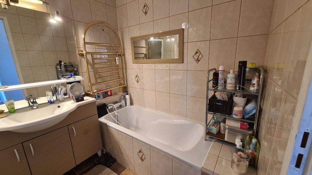 Appartement à vendre 4 90m2 à La Seyne-sur-Mer vignette-8