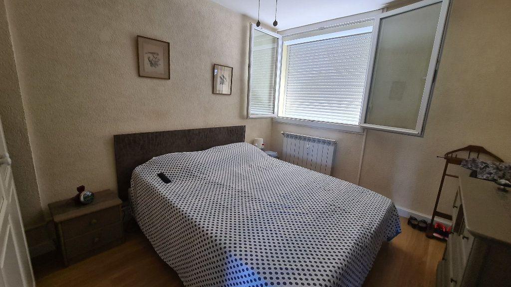 Appartement à vendre 4 90m2 à La Seyne-sur-Mer vignette-9
