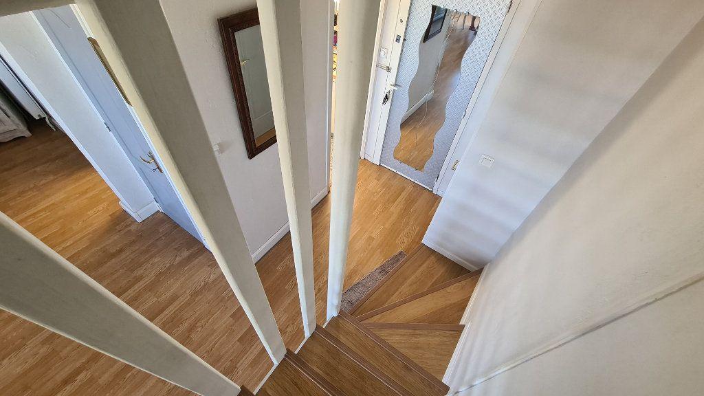 Appartement à vendre 4 90m2 à La Seyne-sur-Mer vignette-12