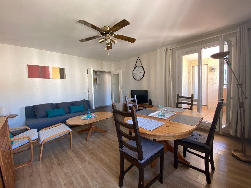 Appartement à vendre 3 62m2 à Toulon vignette-2