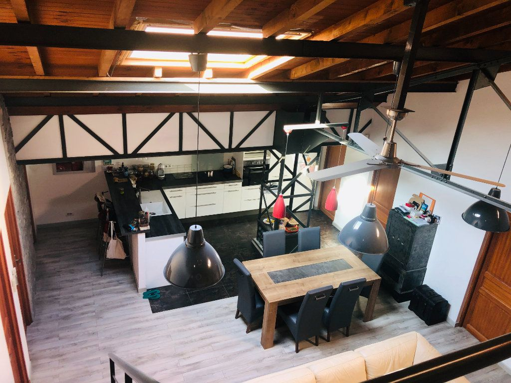Appartement à vendre 5 200m2 à La Seyne-sur-Mer vignette-2