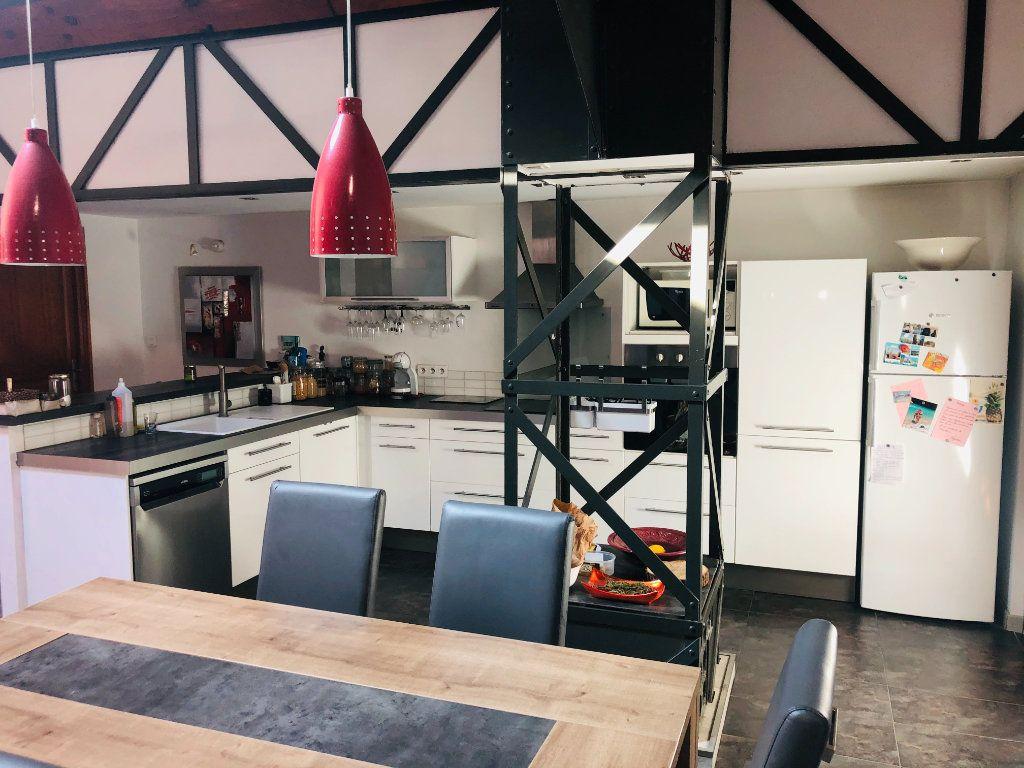 Appartement à vendre 5 200m2 à La Seyne-sur-Mer vignette-4